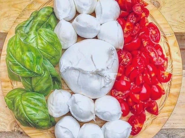 Best Pizza Bali Salad Gofood Grabfood