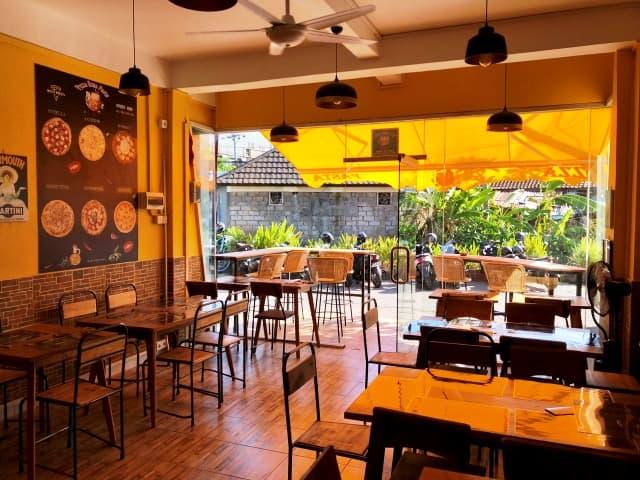 Carlos Pizza Roma Pasta Bali